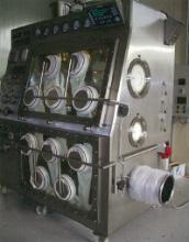 低温粉砕機内蔵アイソレーター
