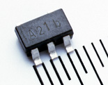 白色LEDドライバIC SM8121A