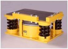 プレス機及びハンマー用防振装置
